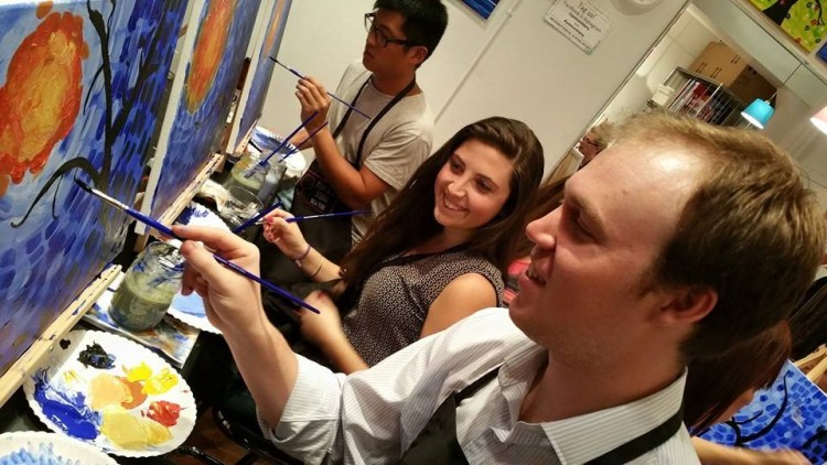 paint-and-sip-nyc-class-fun-activity-opening2